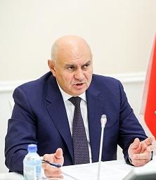Джамбулат Хатуов: аграриям необходимо увеличить использование минеральных удобрений