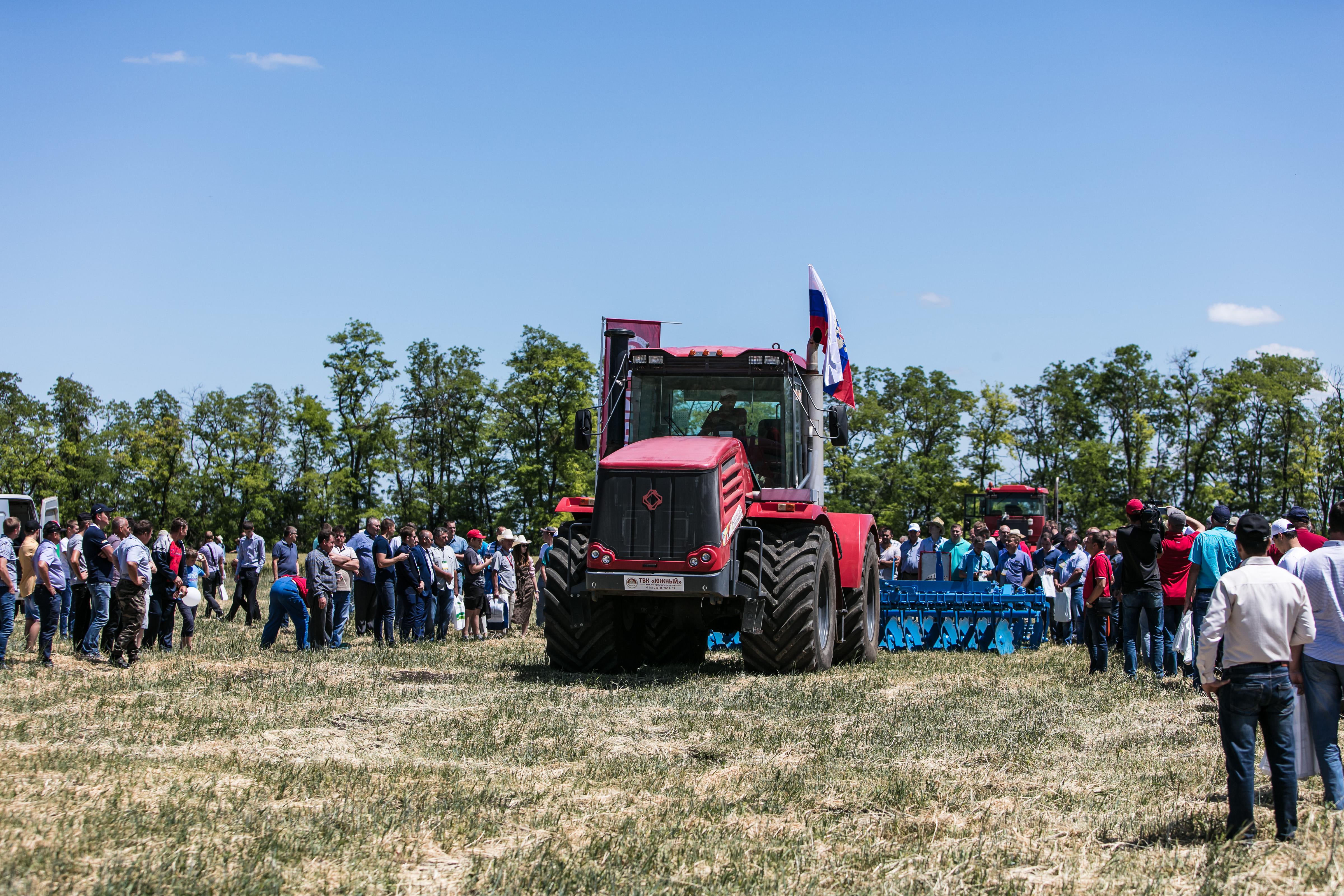 Достижения мирового агробизнеса представят на Дне донского поля в Зерноградском районе c 19 по 21 августа