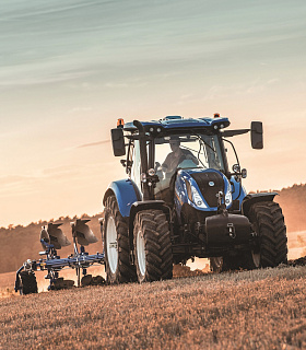 Трактор New Holland T6.175 Dynamic CommandTM  получил титул «Машина года 2018»  в категории тракторов средней мощности на выставке Agritechnica 2017
